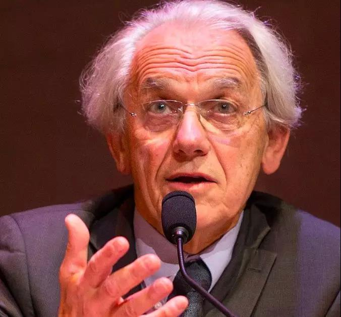 法国物理学家Gerard Mourou